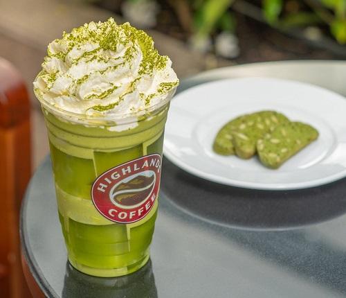 Cách làm Freezer Trà Xanh hấp dẫn như Highlands Coffee